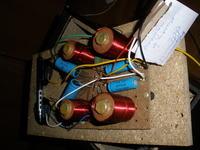 Subwoofer TONSIL 120-8-513 - Jaki model kondensatorów do zwrotnicy ?