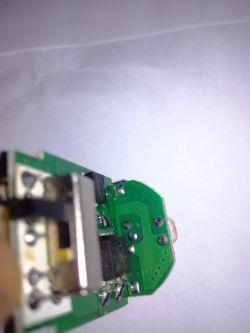 Czujnik zmierzchu+PIR - świeci gdy jeszcze jasno