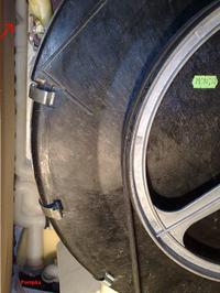 Whirlpool AWG680 PW, Nadmiar wody i grzałka.