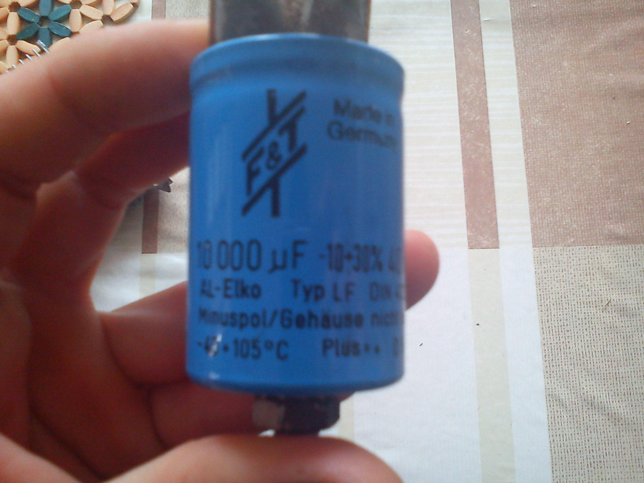 [Sprzedam] Kondensator elektrolityczny 10 000µF/40V