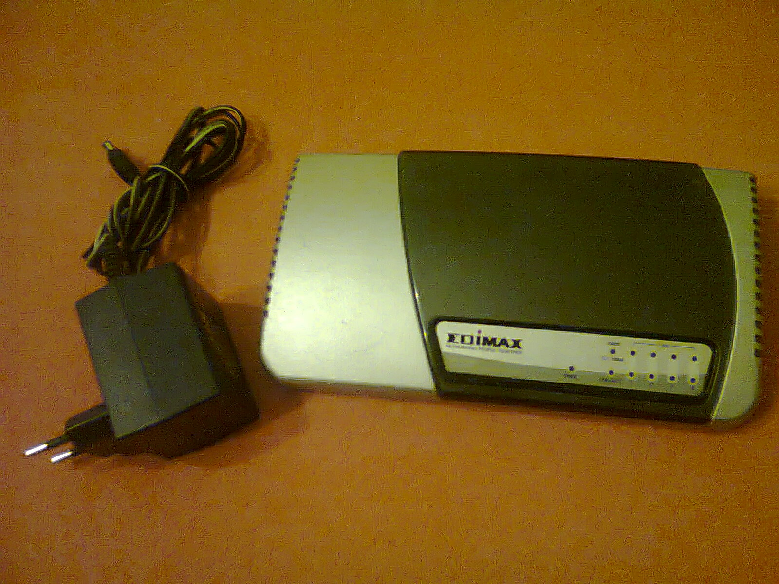[Sprzedam] Router EDIMAX BR-6104K i Access Point Planet WAP-4033