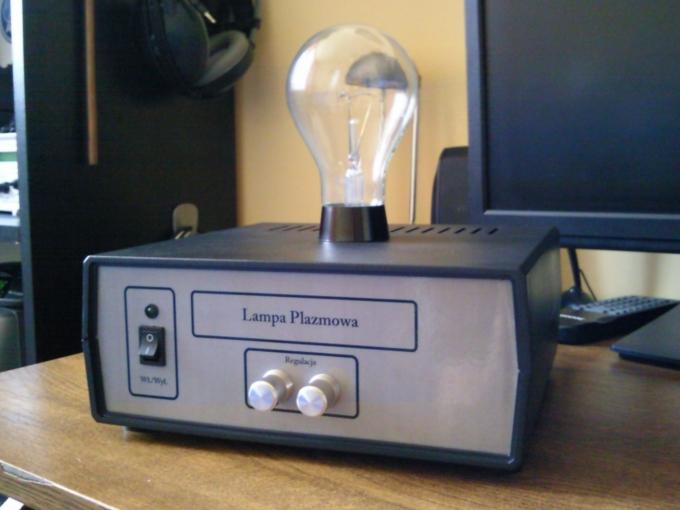 Lampa plazmowa na NE555 i IRF640