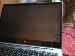 Xiaomi Mi Notebook Air - (Wanderndes) Schwarzes Quadrat im Laptop-Screen