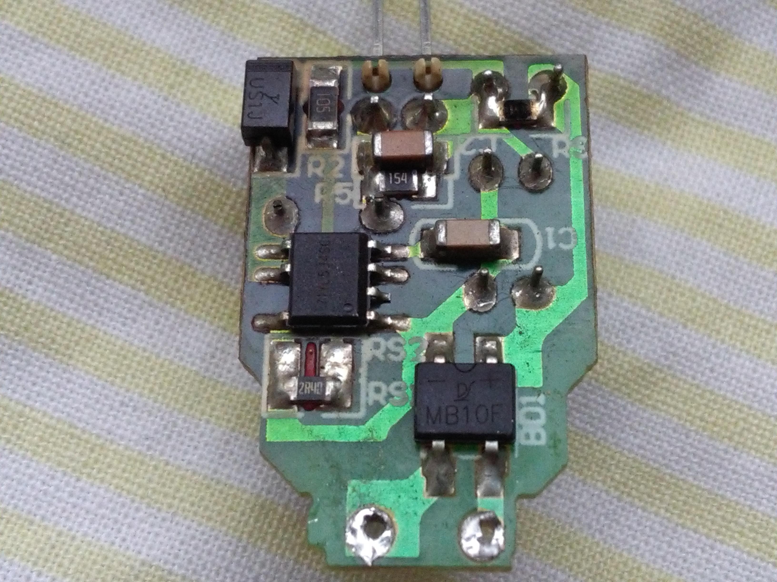 Ogromnie LED miga - efekt stroboskopowy - elektroda.pl YE94
