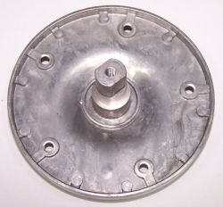 Pralka Whirlpool AWE 2316 - urwana końcówka śruby mocującej koło pasowe