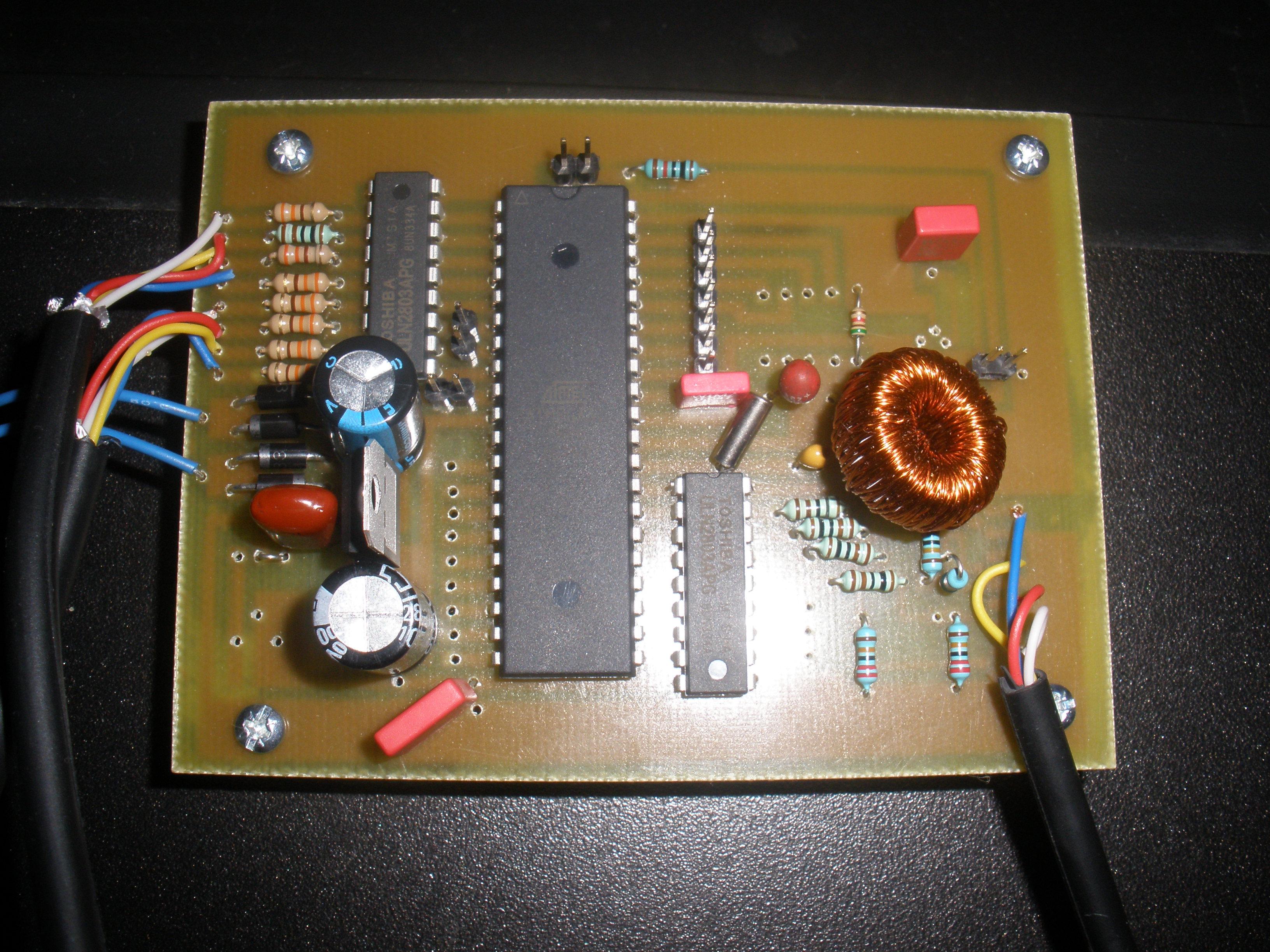 [atmega88/16] Zegarek z pomiarem temperatury na LM335
