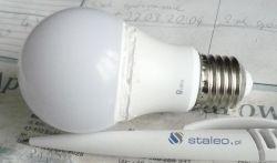 Lampka LED noname - wnętrze oraz sposób jej naprawy