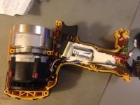 Dewalt DCF899 - Akumulatorowy klucz udarowy pali układ sterowania
