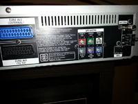 Wtyczki kina domowego SONY DAV-D150N
