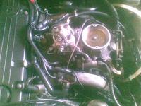 Mercedes 190 2.0 benzyna 91r. falują obroty.