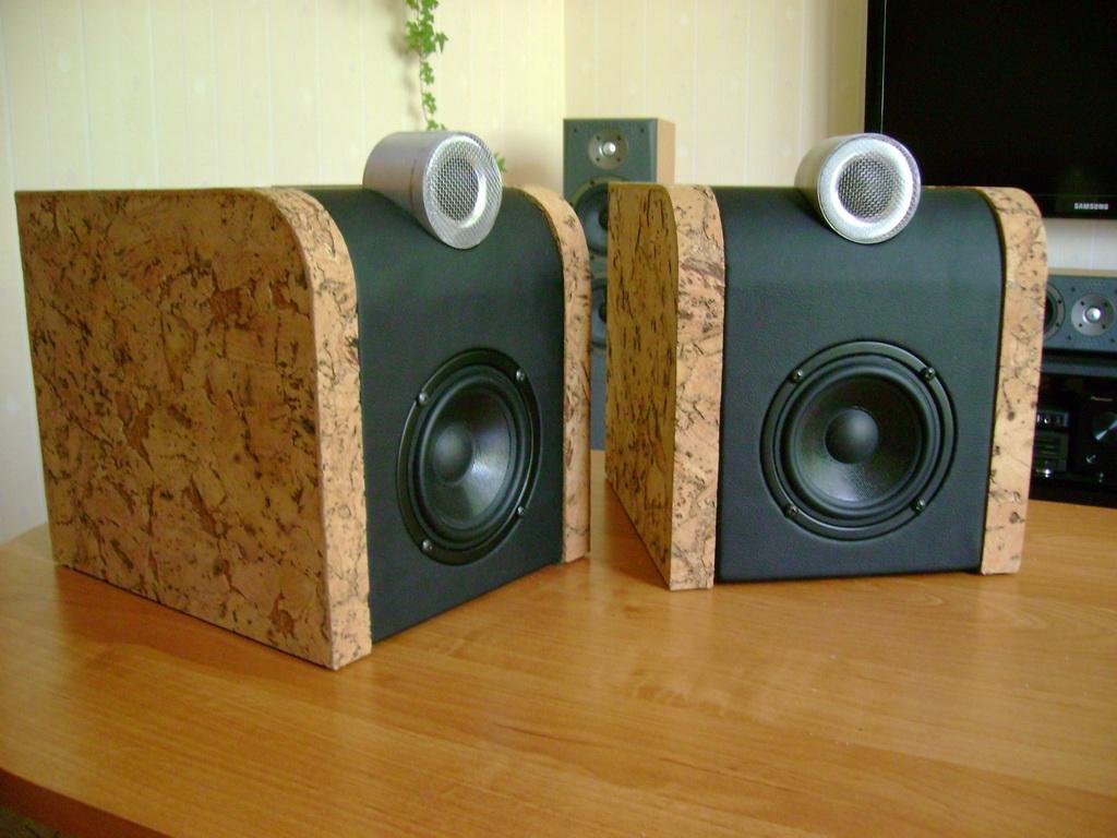 Tanie monitorki na M.STX.4.1.100.8.F.S.MC + TM025C1