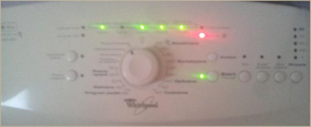 Whirlpool AWE 6516P - świecą diody: x0xxx jaki to błąd