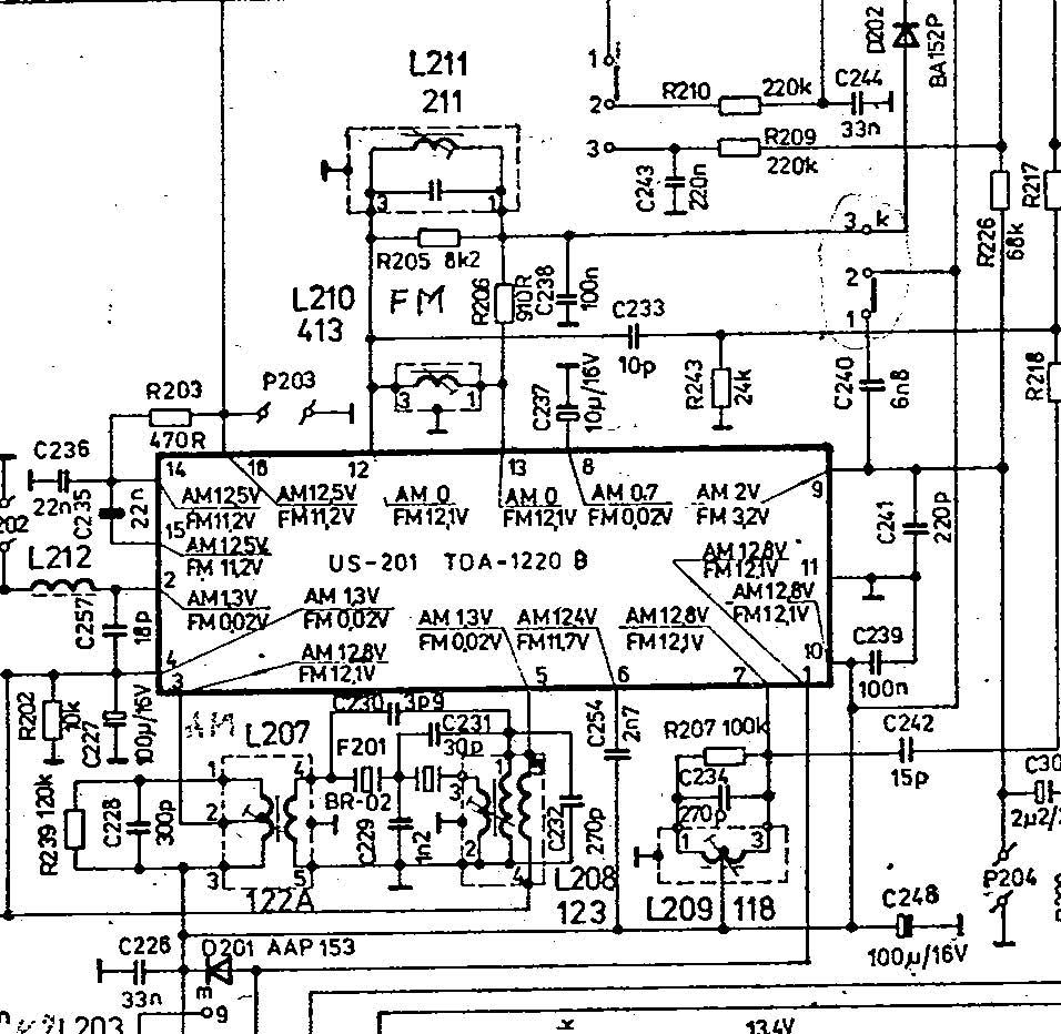 Amplituner Unitra Aida AWS 103 - Co� nie tak z napi�ciem strojenia
