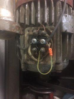 Sterowanie silnika jednofazowego zmiana-obrotów