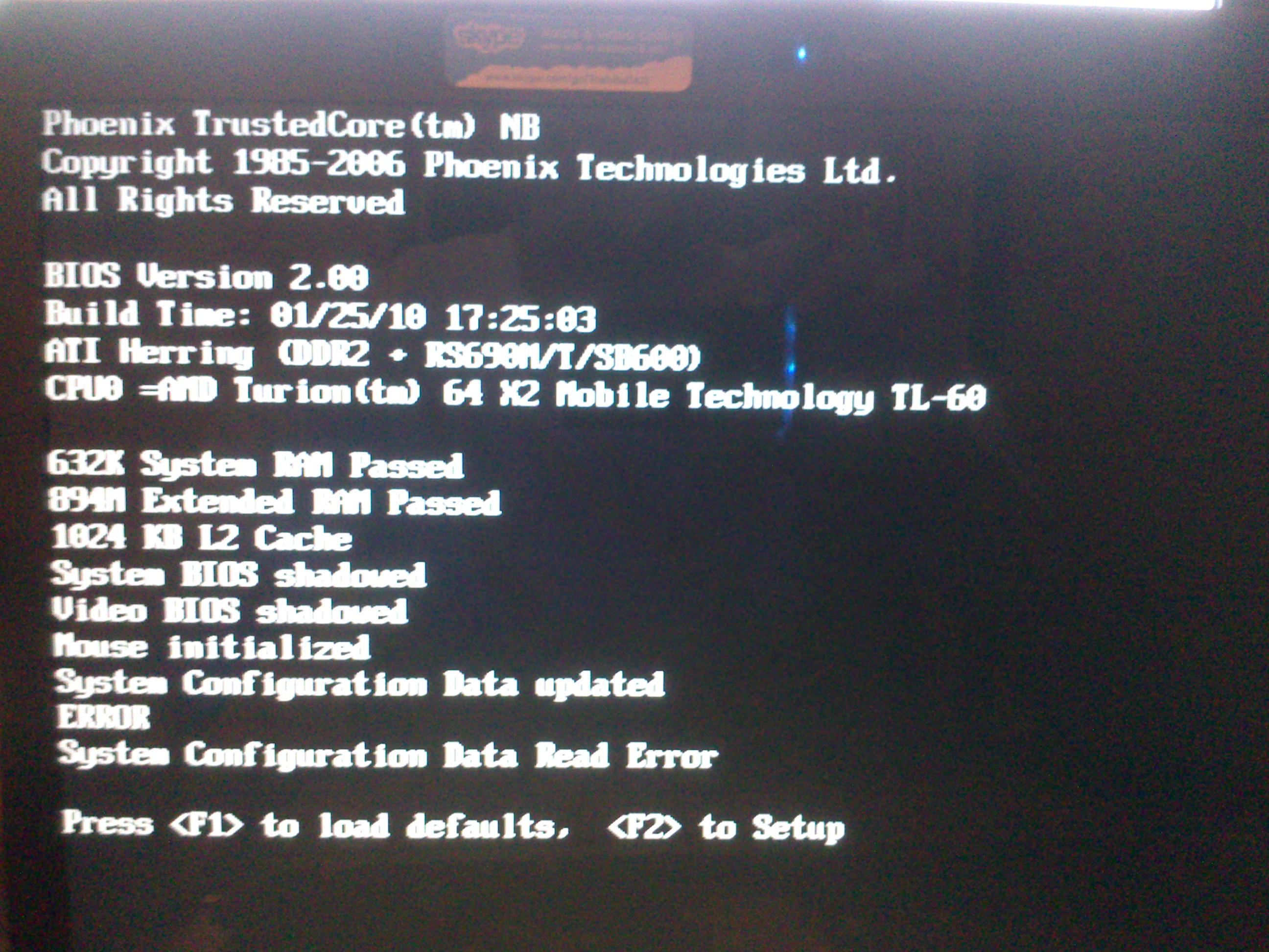 Toshiba A215-s5849 - Komunikat i problem z w��czaniem