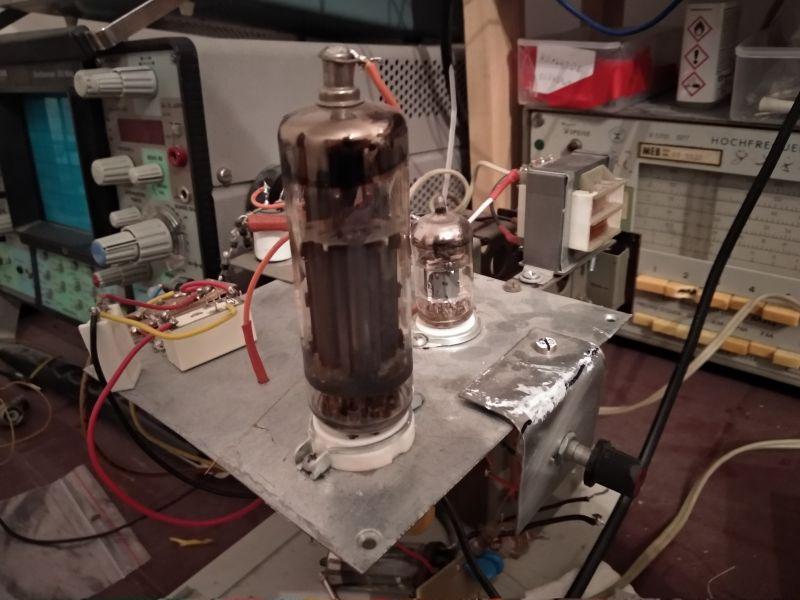 Zasilacz 150-400V 100mA PL504+PCF82