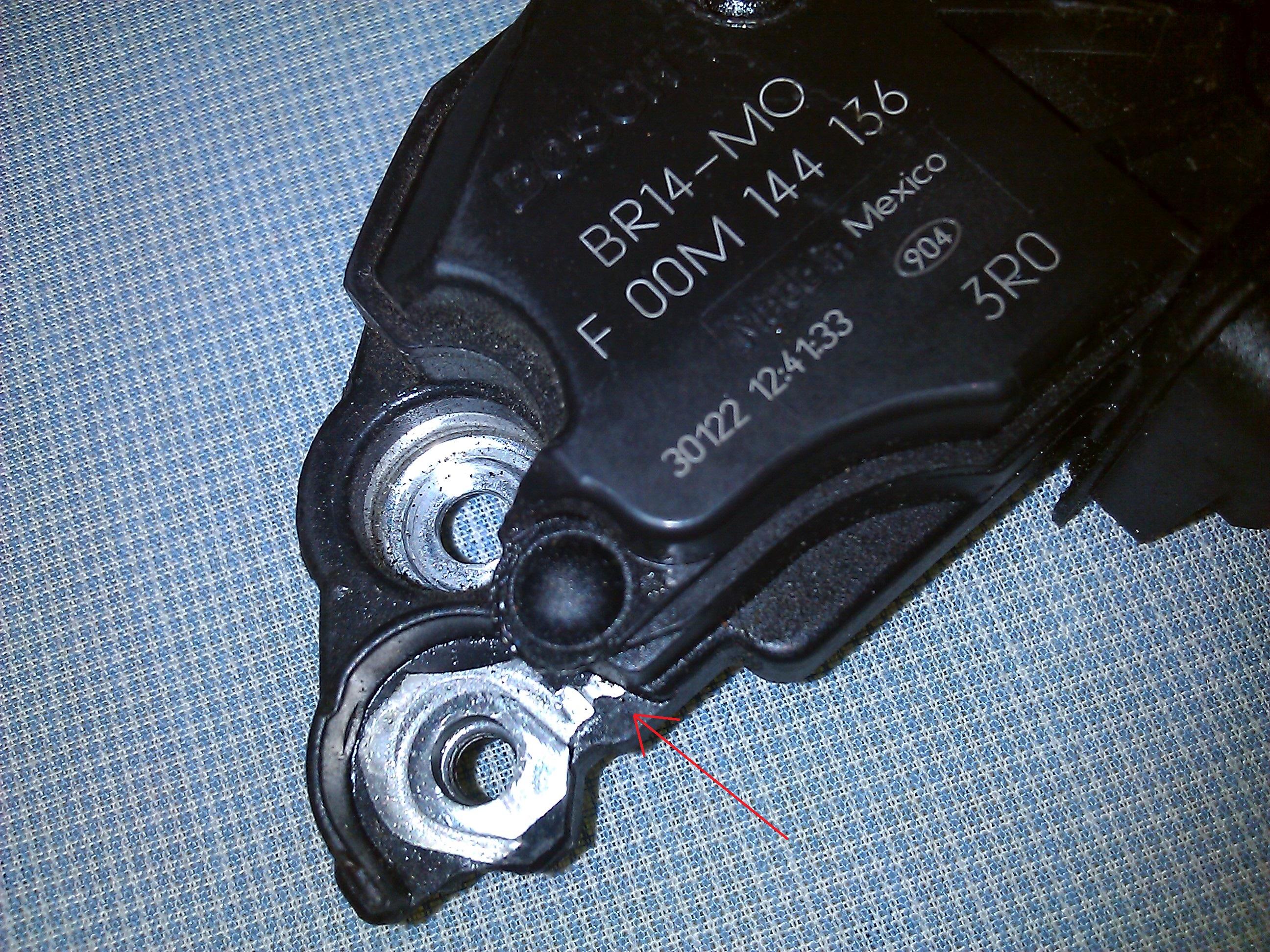 Audi A3 1.8T AUM 2002 8l - Padaj�ce zegary, resetuj�ce si� radio i klimatyzacja.