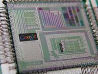 Google buduje sw�j komputer kwantowy korzystaj�c z technologii firmy D-wave