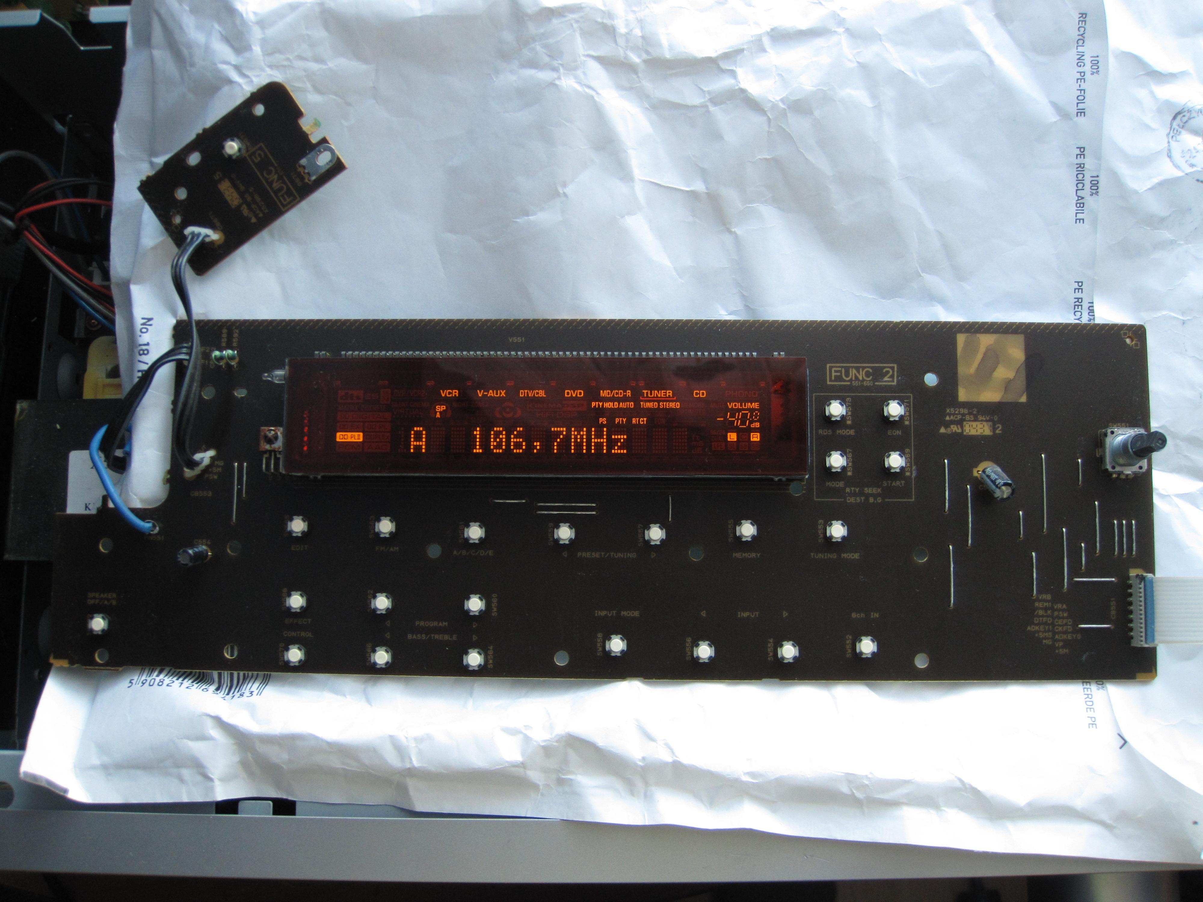 [Sprzedam] P�yta czo�owa amplitunera Yamaha RX-V350 (pasuje te� do innych)