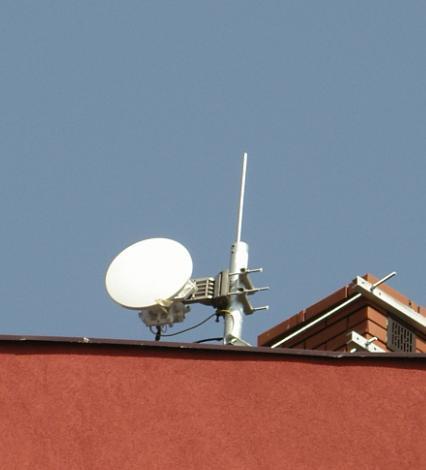 Do czego slużą i na jakiej częstotl. pracują poniższe anteny