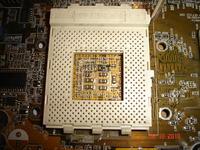 ASUS A7V333 wariuje, zawiesza się, czarny ekran