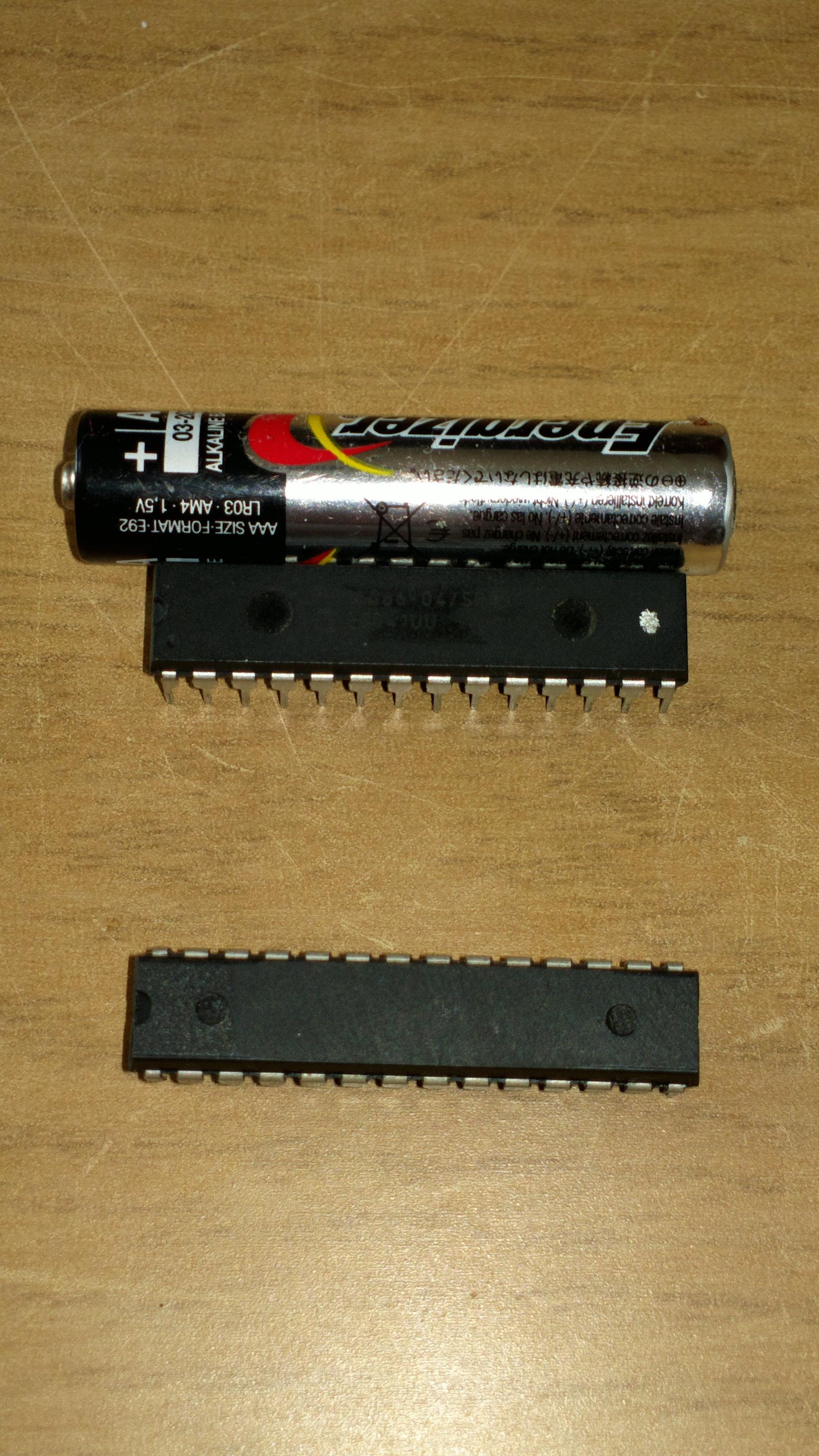 Pomoc w dobraniu zamazanego mikrokontrolera 28pin-zdj�cie-kostkarka do lodu