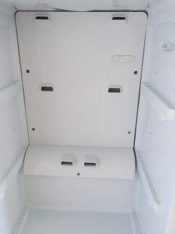 Lodówka Indesit NBAA 13 NF NX- Lodówka obladza sie na tylnej ścianie- wyłóż pr