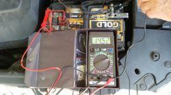 Megane2 1.5dci 78kW, K9K 2006r - Zawyżony prąd ładowania w ECU 15,2V