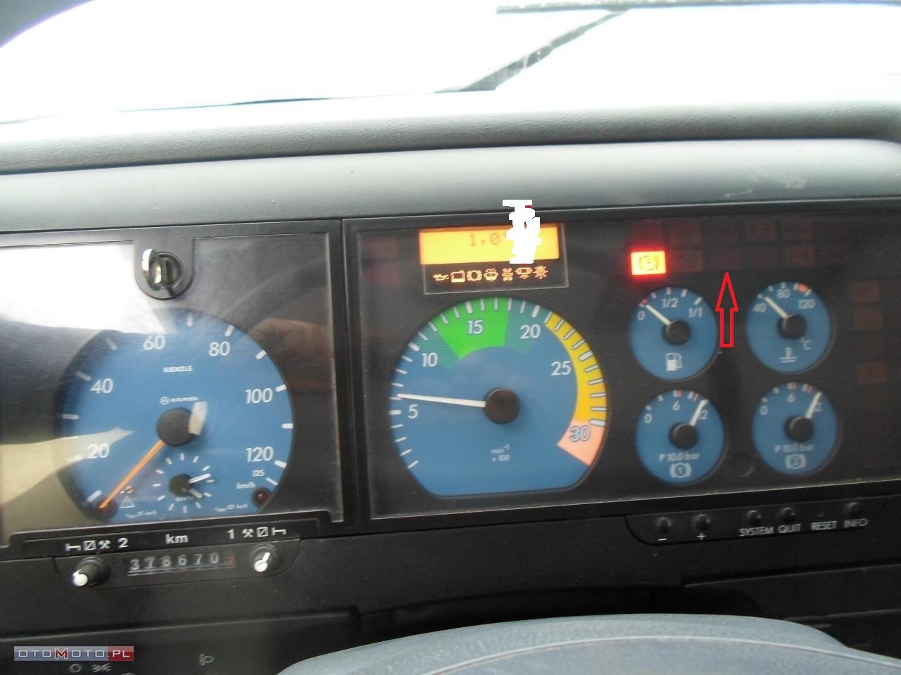 Mercedes Vario - Od czego jest ta kontrolka