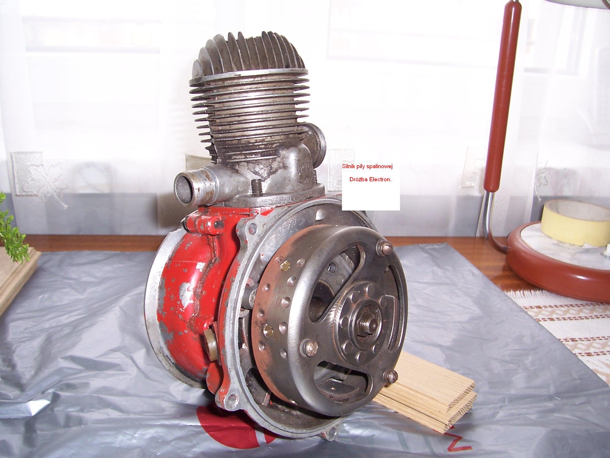 Silnik pi�y spalinowej DRU�BA Electron - modyfikacja zap�onu
