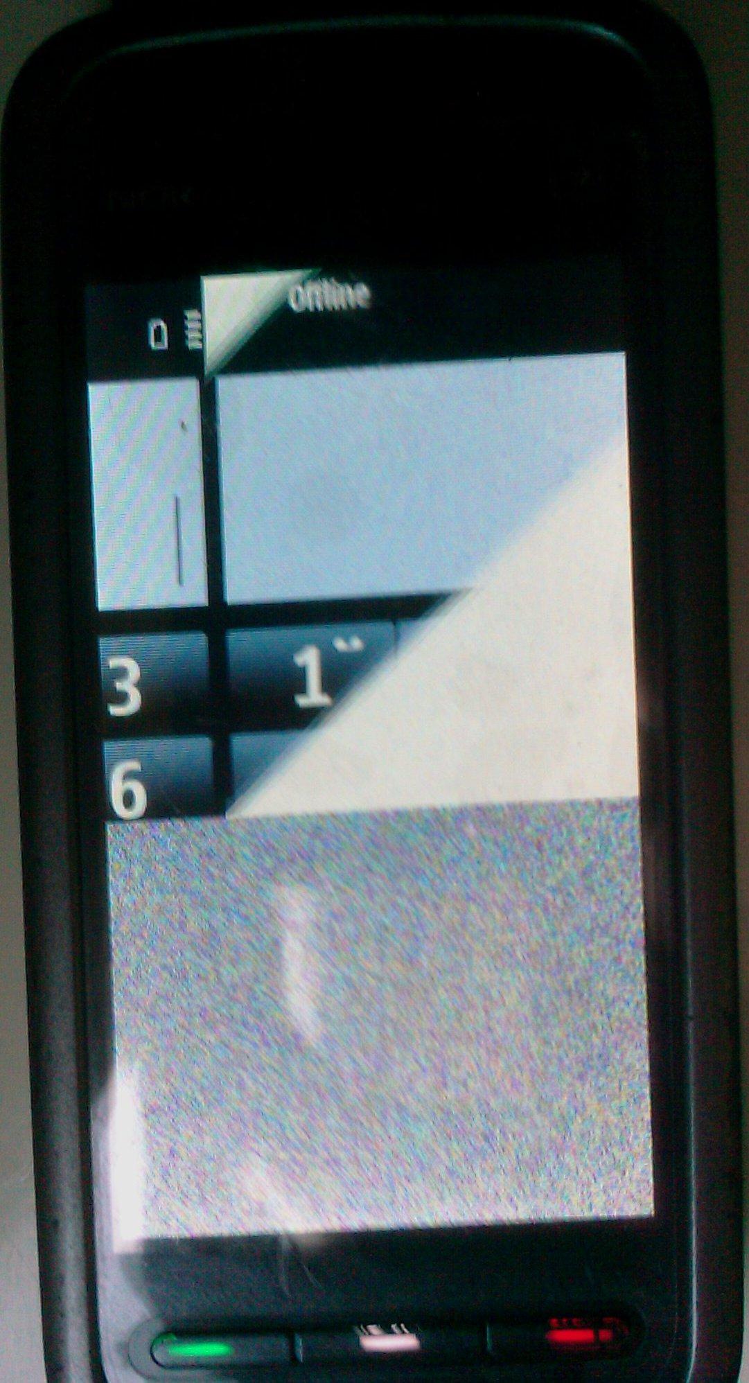 Nokia 5230 RM-588 - Flashowanie, pasy na ekranie - UFS / HWK