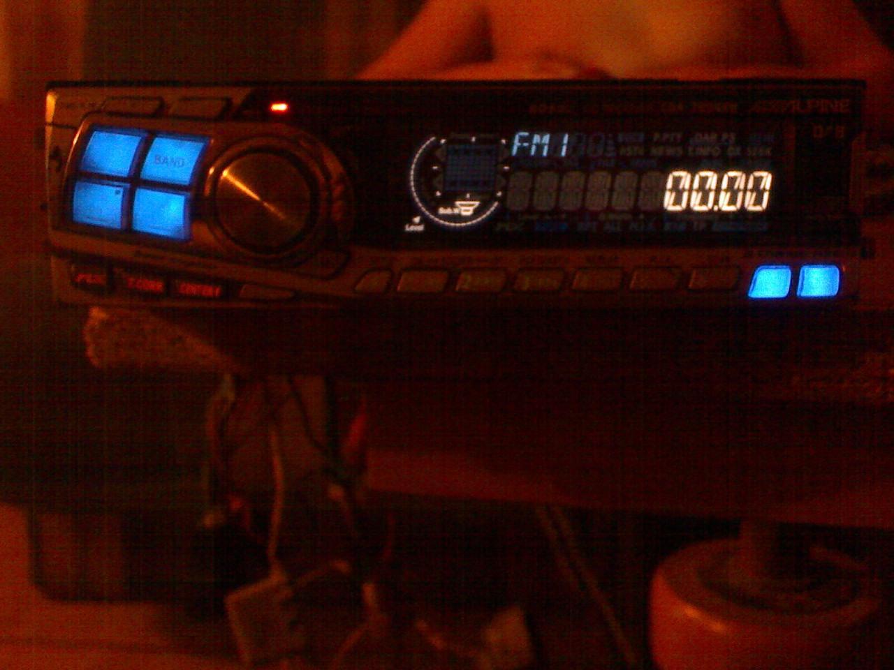 [Zlec�] Naprawe radia Alpine 7894rb,wiecej w poscie.