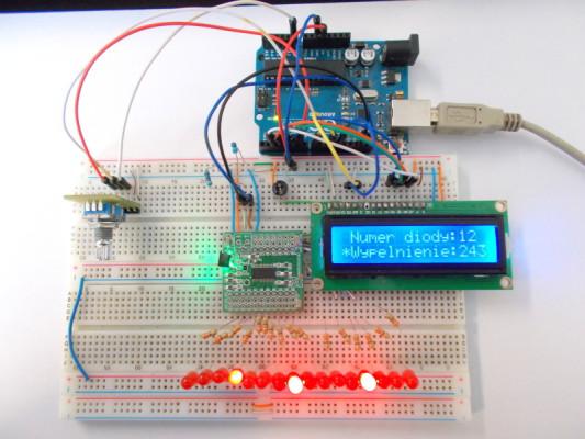 16-kana�owy sterownik PWM LED z regulacj� jasno�ci i LCD
