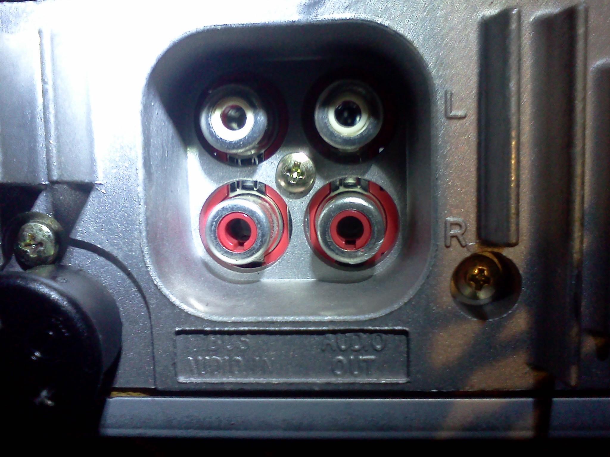 sony xplod & Magnat - Pod��czenie skrzyni basowej do radia samochodowego