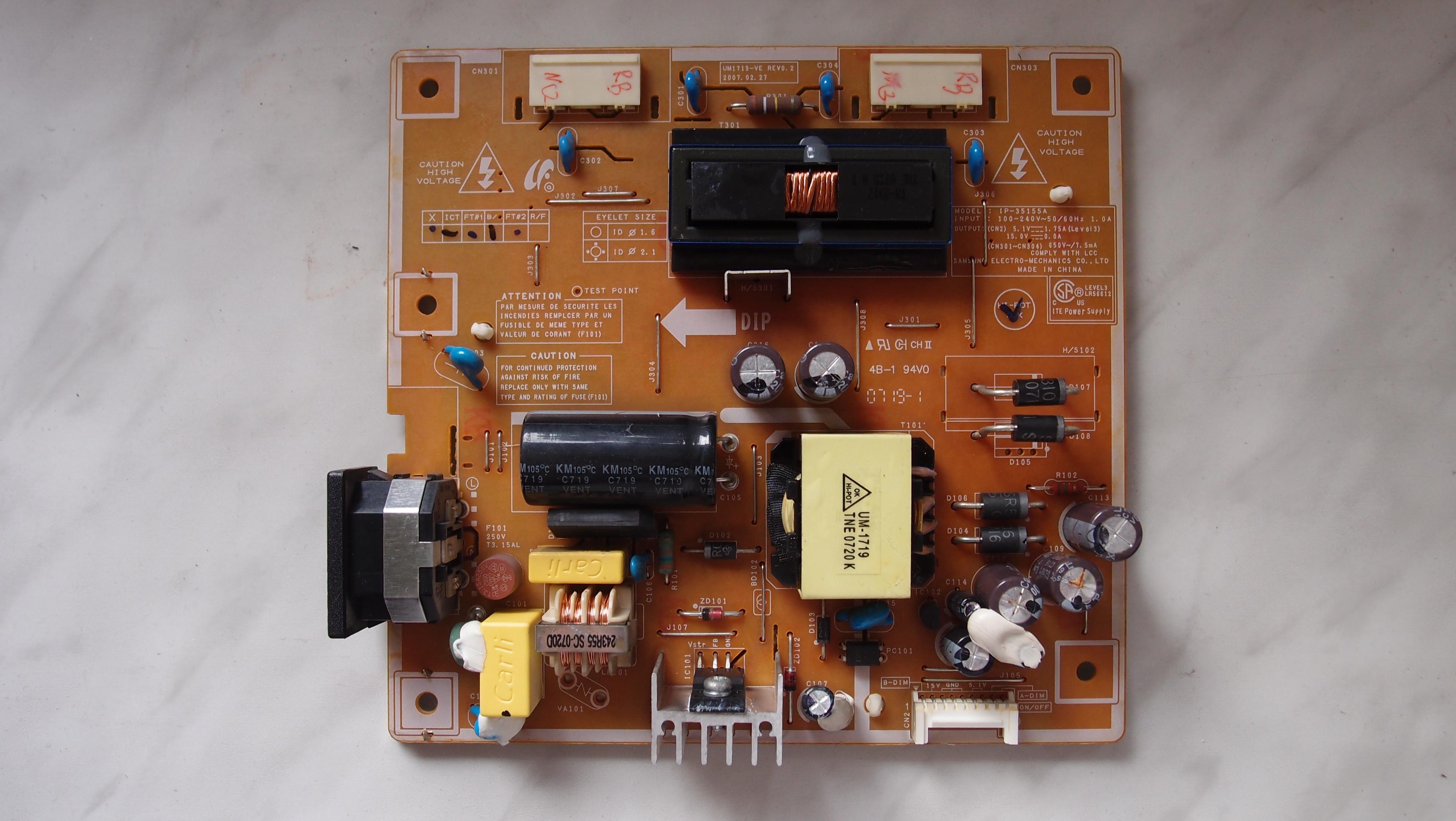 Monitor Samsung SM 940nw d�ugo sie w��cza