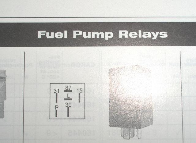 przekaźnik zwłoczny pompy paliwa