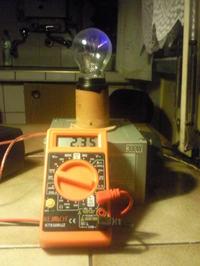 Lampa plazmowa z żarówki na podstawie trafa WN.