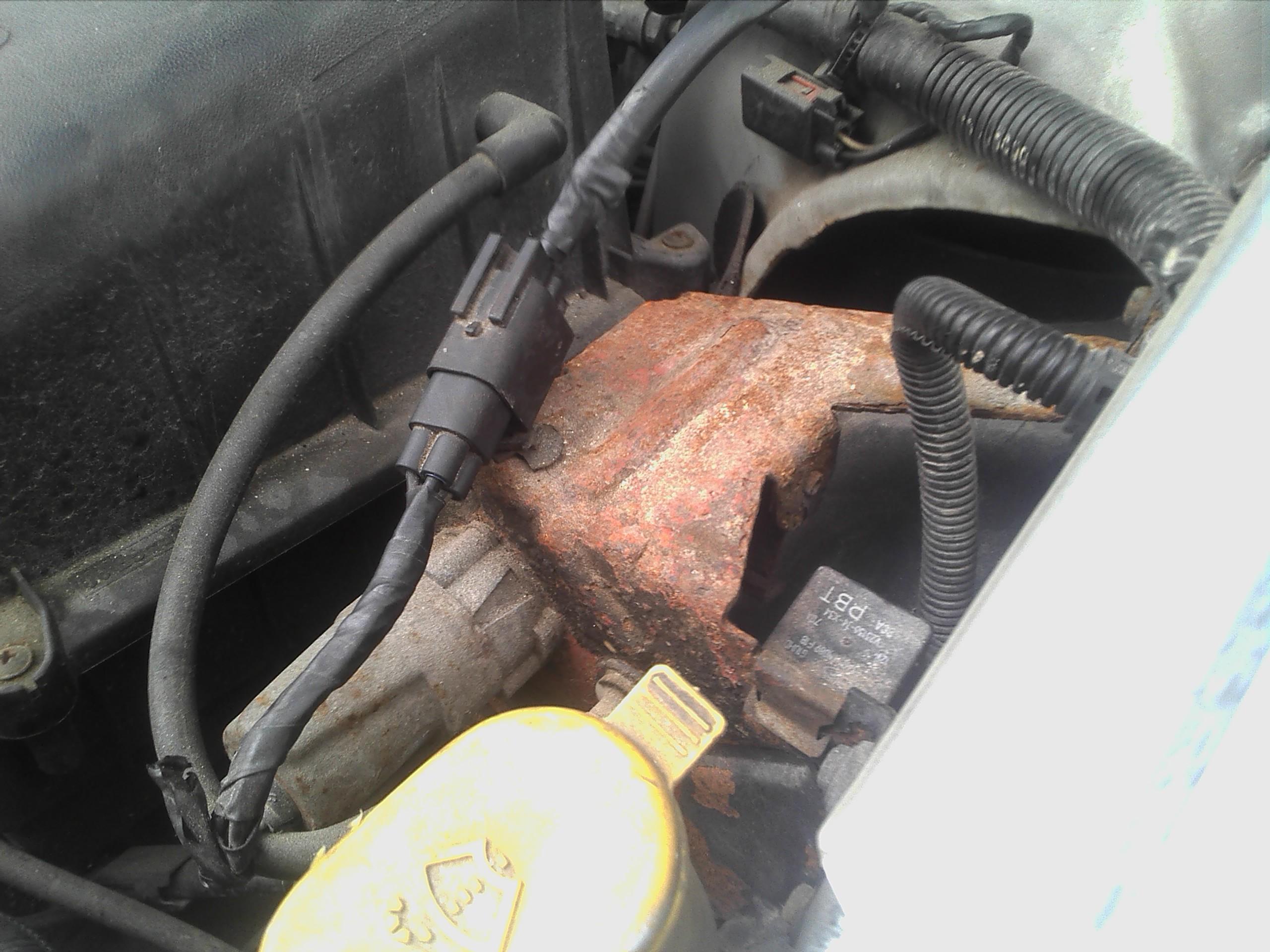 Ford Escort 1.8 TD Endura DE - Wysokie obroty ja�owe na ciep�ym silniku