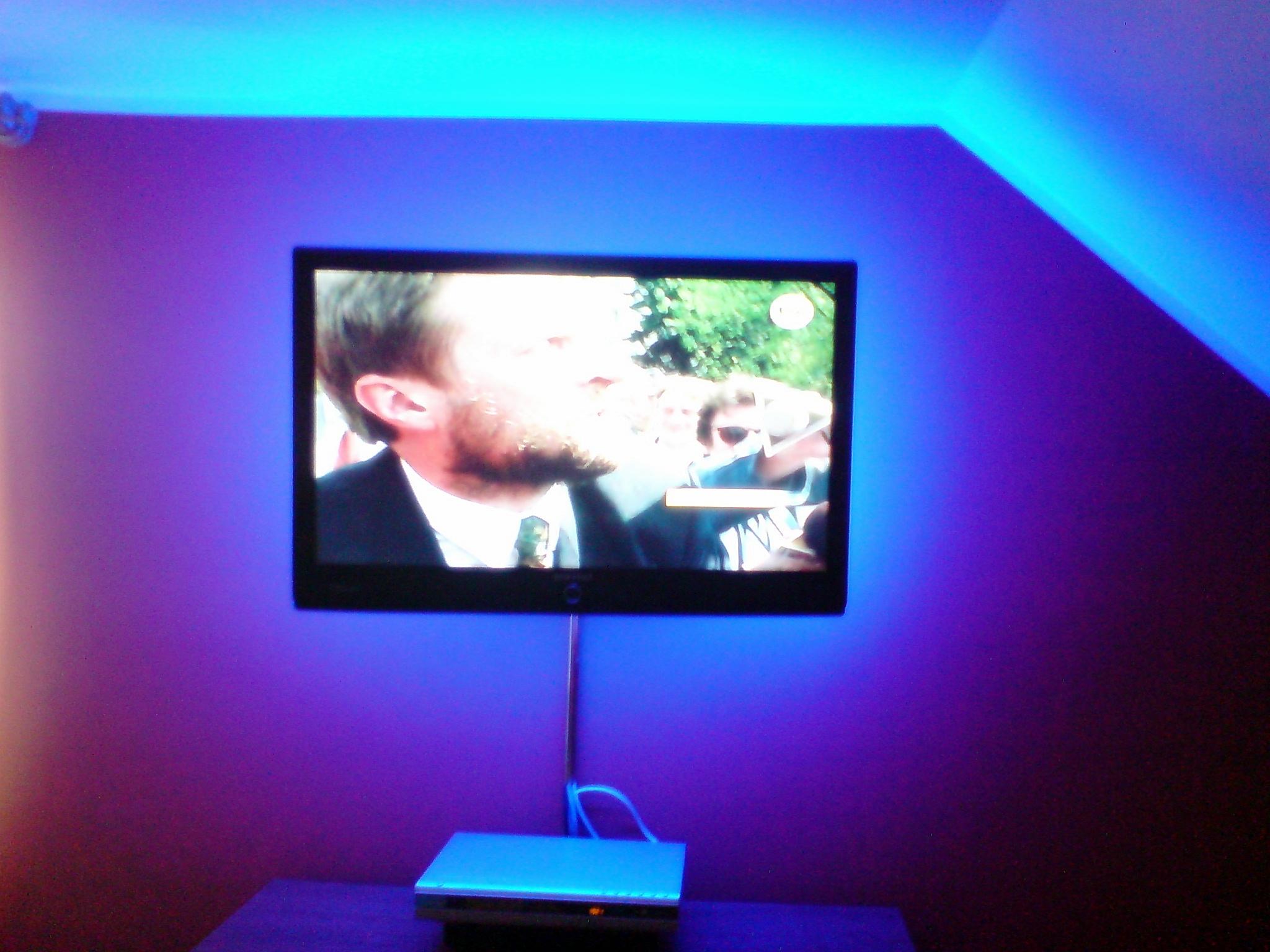 Ta�ma LED - dziwne zachowanie.