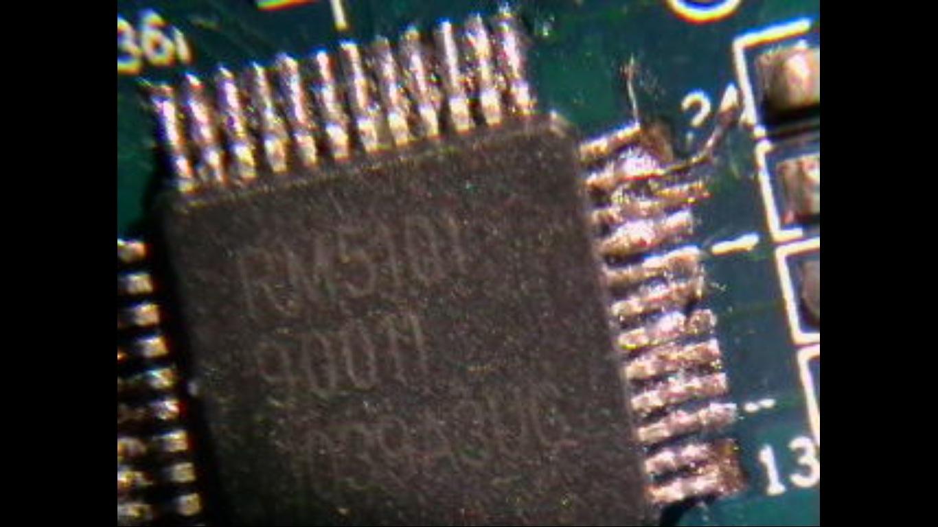 Tani mikroskop do lutowania elektroniki z przydasi zoom w kamerze