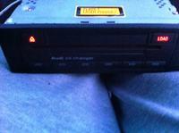 [Sprzedam] Zmieniarka ORI AUDI Panasonic ca-cx1090L 8E0035111
