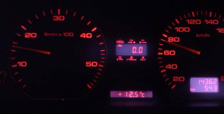 Audi A6 C4 1.9TDI 1Z - Poszukuj� wsadu do zegar�w VDO TDI (4A1 919 033 HG)