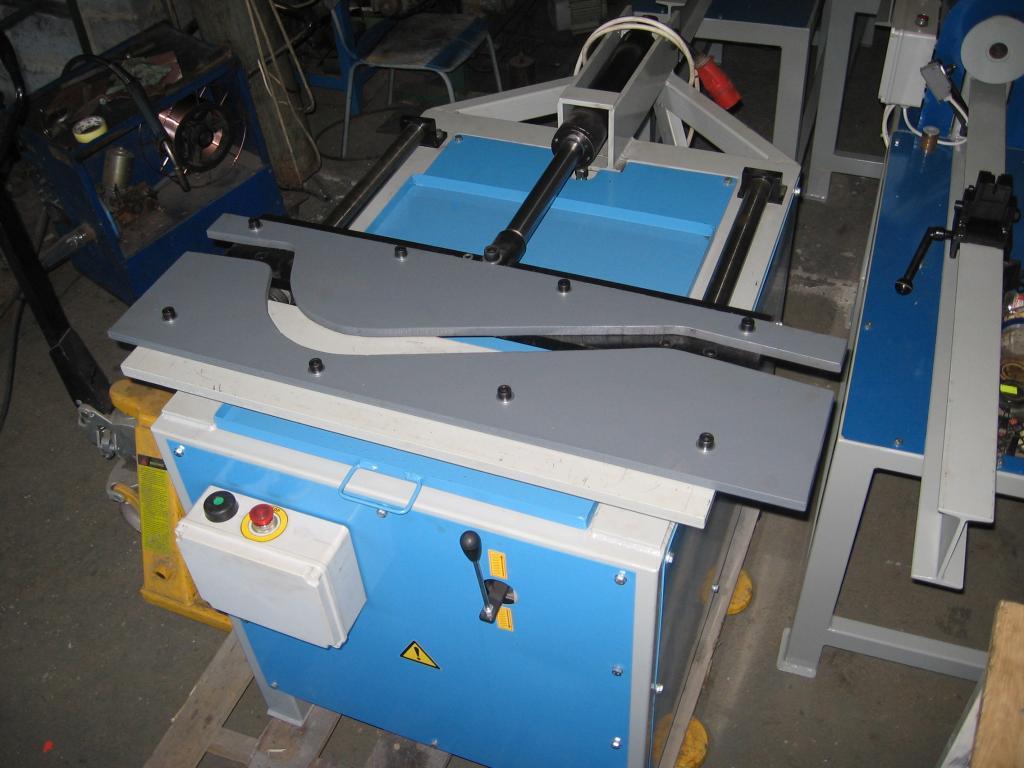Budowa prasy hydraulicznej do tralek - dob�r sprz�tu