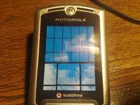 Motorola v3x ekran zanika i podświetlanie klawiatury też/