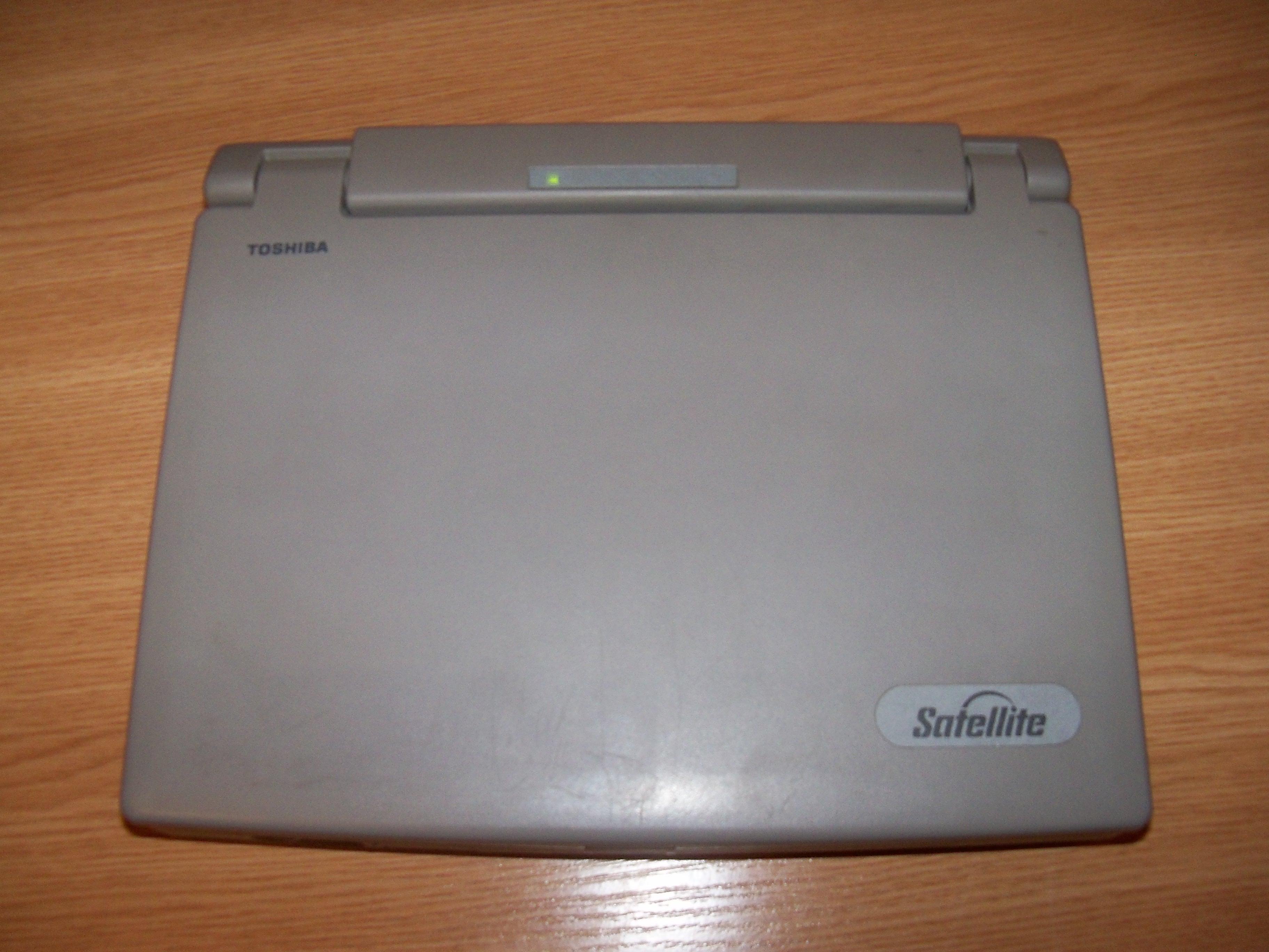 [Sprzedam] Laptop Toshiba Satellite 210CS