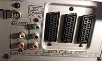 Podłączenie dekodera Smart TV przez HDMI do starego telewizora.