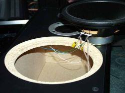 Głośniki 6 i 8 ohmów w jednej kolumnie - można?