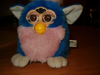 Zabawka Furby- adaptacja na j. polski.
