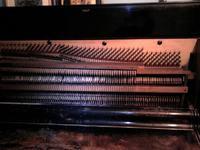 Klawiatura sterująca MIDI ze starego pianina