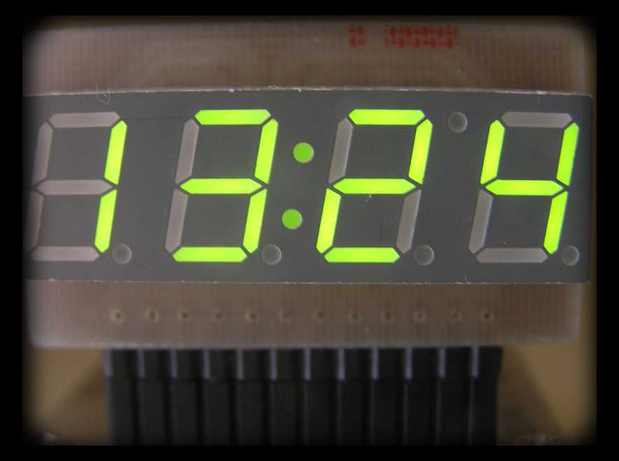 Kolejny prosty do wykonania zegarek LED